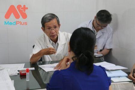 Bác sĩ Ngô Tích Linh khám chuyên khoa thần kinh hàng đầu Quận 5