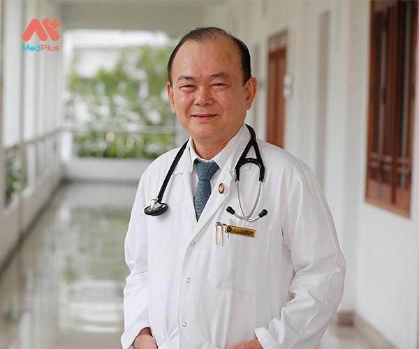 Bác sĩ Tôn Thất Minh