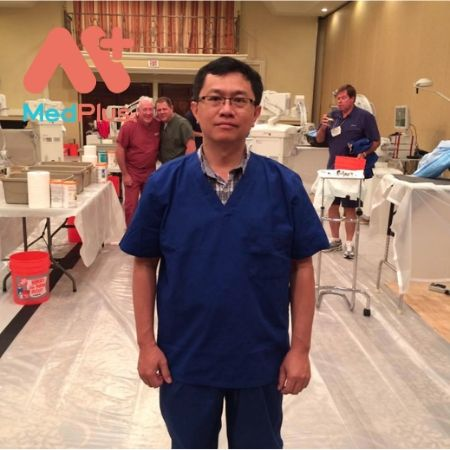 Bác sĩ Trần Minh Trí khám chuyên khoa thần kinh hàng đầu Quận 5