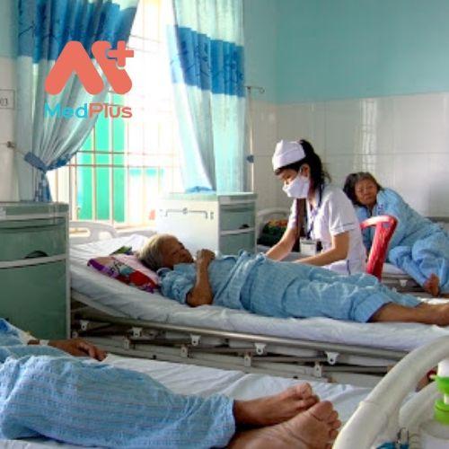 Các bệnh nhân được các y, bác sĩ chăm sóc rất tốt