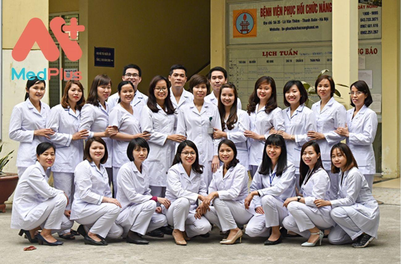 Đội ngũ y bác sĩ Khoa nhi
