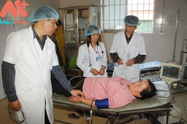 Trung tâm y tế huyện Cao Phong