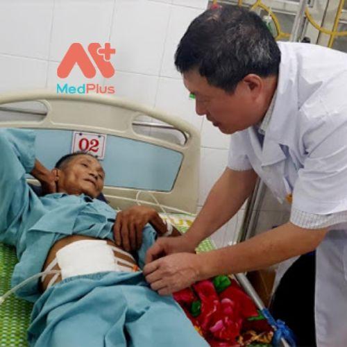 TT Y tế huyện Văn Chấn hết lòng phục vụ người bệnh